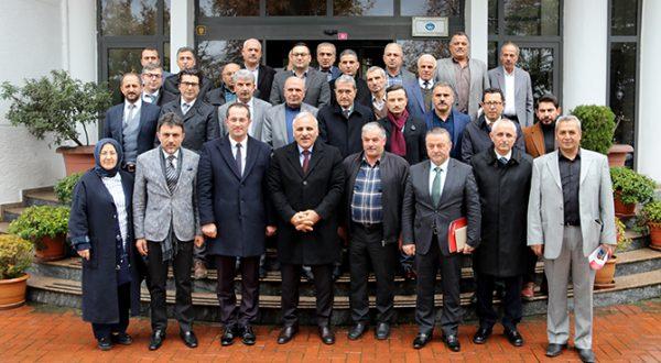 ZORLUOĞLU'NDAN AKÇAABAT BELEDİYESİ'NE ZİYARET