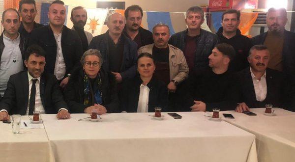 AKÇAABAT'TA AK PARTİ MAHALLE BAŞKANLARI TOPLANDI