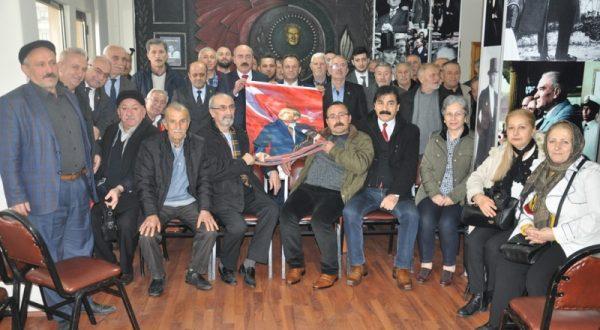 CHP AKÇAABAT'TA DEVİR TESLİM